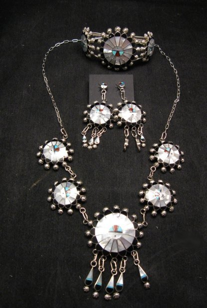 Image 6 of Zuni Abel Soseeah Sunface Necklace Earrings & Bracelet Set