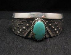 Anthony Bowman ~ Navajo ~ Tufa Cast Silver Turquoise Bracelet
