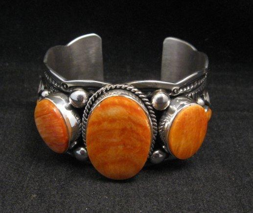 Image 6 of Navajo Native American Spiny Oyster Sterling Silver Bracelet, Guy Hoskie