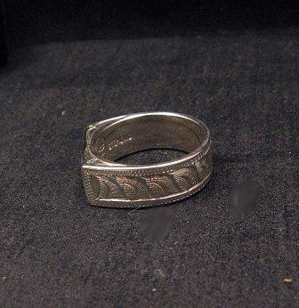 Image 2 of Shane Hendren Navajo #8 Turquoise & Jet Engraved Sterling Silver Ring sz8-1/2