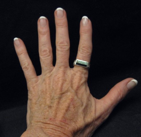 Image 6 of Shane Hendren Navajo #8 Turquoise & Jet Engraved Sterling Silver Ring sz8-1/2