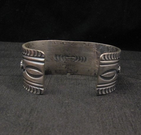 Image 4 of Navajo Native American Bird's Eye Turquoise Silver Bracelet, Gilbert Tom