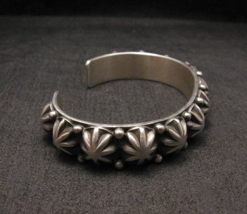 Image 3 of Old Pawn Style Starred Button Studded Silver Bracelet Navajo Happy Piasso, Large