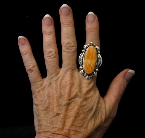 Image 4 of Navajo Handmade Silver Spiny Oyster Ring Sz7-1/2, Gilbert Tom