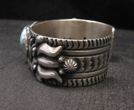 Image 4 of Darryl Becenti, Navajo Kingman Birdseye Turquoise Silver Bracelet