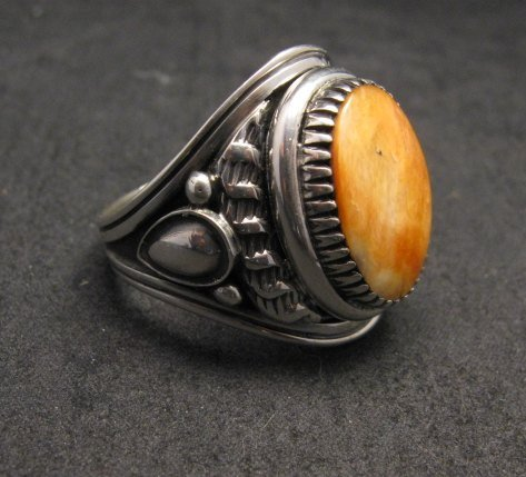 Image 2 of Derrick Gordon Navajo Spiny Oyster Sterling Silver Ring sz12-3/4