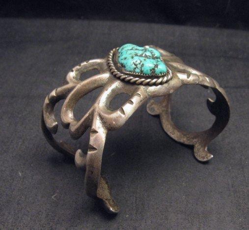 Image 4 of Vintage Navajo Native American Sandcast Silver Sea Foam Turquoise Bracelet