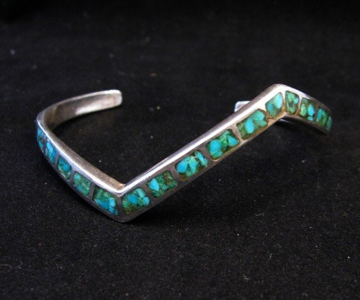 Image 0 of Vintage Zuni Zig Zag Turquoise Chip Inlay Silver Bracelet