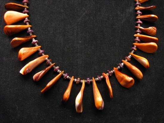 Image 8 of Unique Everett & Mary Teller Navajo Lions Paw Shell Necklace