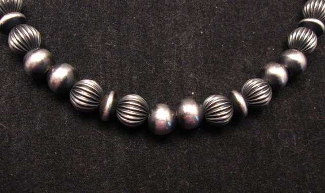Image 2 of Navajo Indian Hand Finished Mixed Sterling Silver Bead Bracelet 7-5/8 to 8-5/8