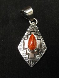 Navajo Spiny Oyster Fashion Cut Hammered Silver Pendant, Everett Mary Teller