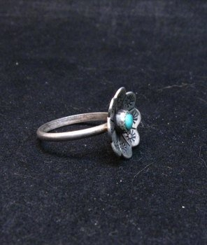 Image 1 of Vintage Native American Turquoise Silver Flower Ring sz6