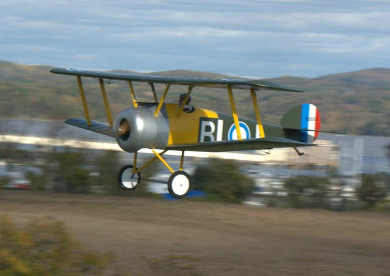 Image 0 of Signature Series Giant Scale Sopwith Camel