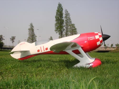 Image 4 of Giant Scale GEE BEE 87inch Red