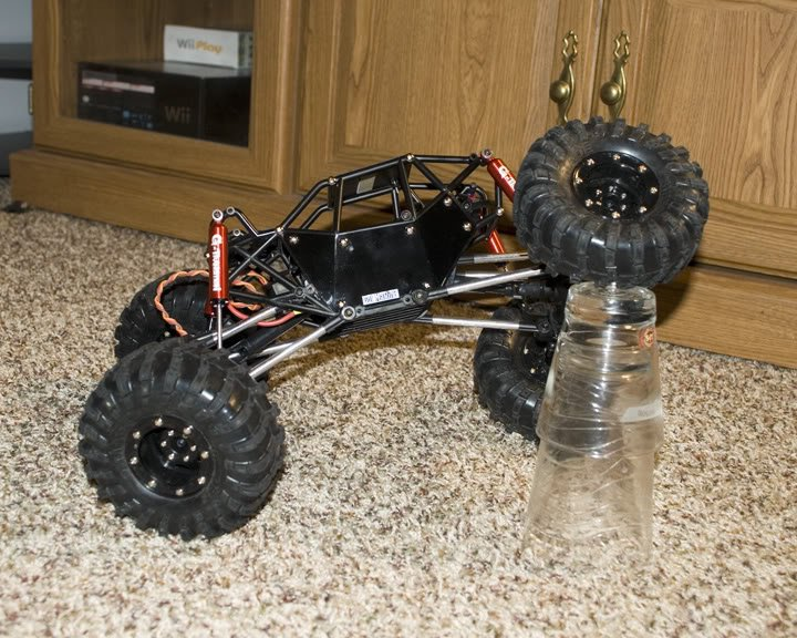 Image 2 of R1 ARTR ROCK CRAWLER BUGGY (BLACK VERSION)