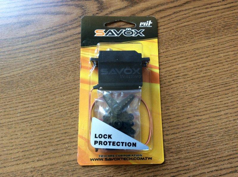 Image 1 of Savox 0220MG HIGH VOLTAGE STD DIGITAL SERVO 0.13/111.1 @7.4