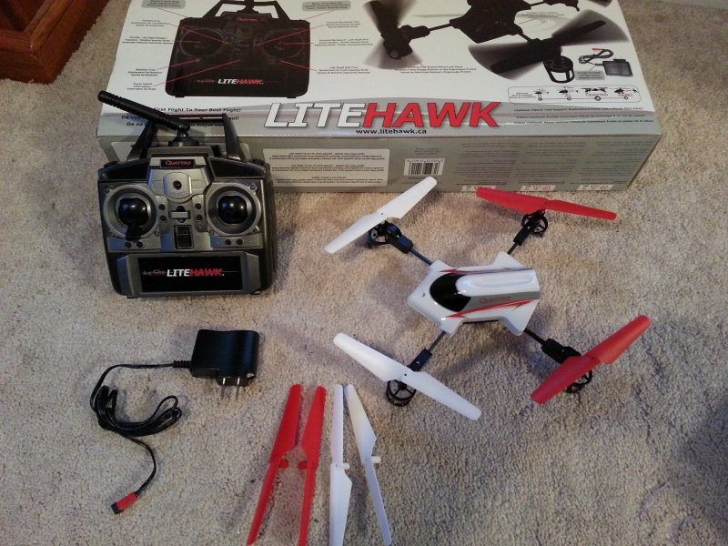 Image 0 of LITEHAWK Quattro Quadcopter