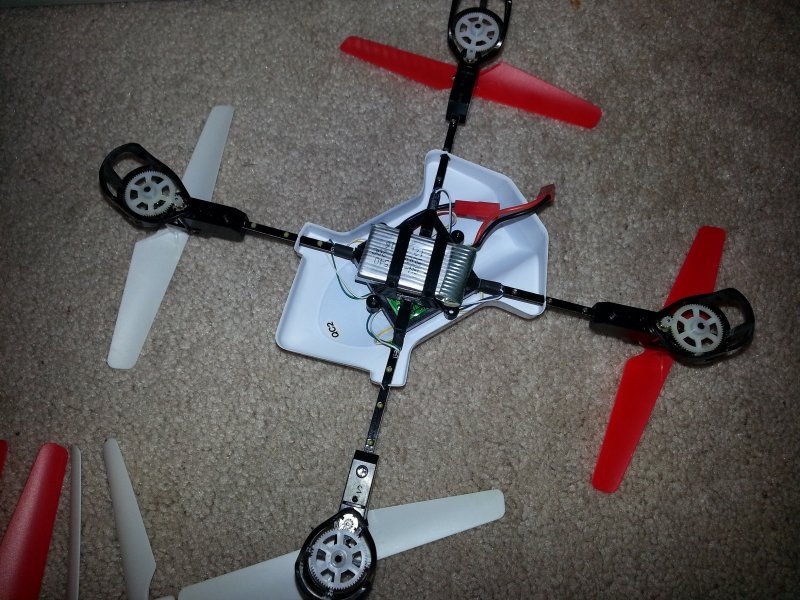 Image 2 of LITEHAWK Quattro Quadcopter