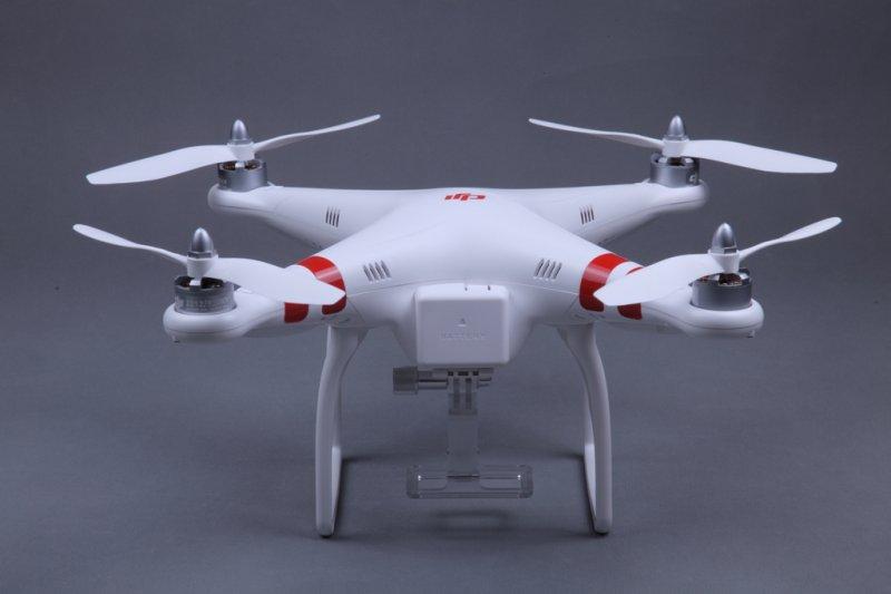 Image 1 of DJI Phantom Aerial UAV Drone Quadcopter (RTF) GPS, NAZA, IOC Awesome
