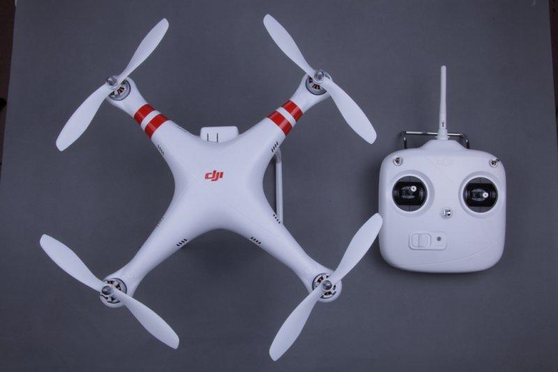 Image 2 of DJI Phantom Aerial UAV Drone Quadcopter (RTF) GPS, NAZA, IOC Awesome