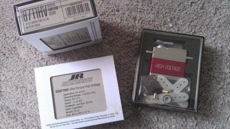 Image 1 of JR DS8711HV High-Voltage Ultra Torque Servo