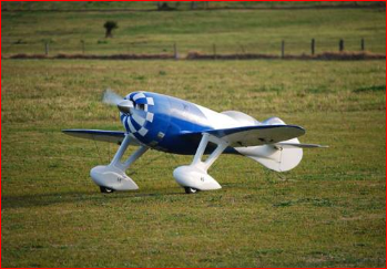 Image 0 of Giant Scale GEE BEE 87inch Blue