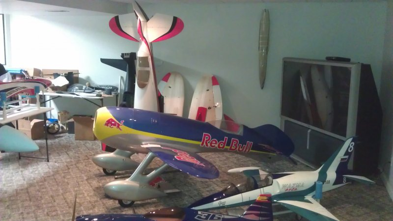 Image 8 of Giant Scale Gee Bee R4 110 inch wing span V2 Red Bull scheme
