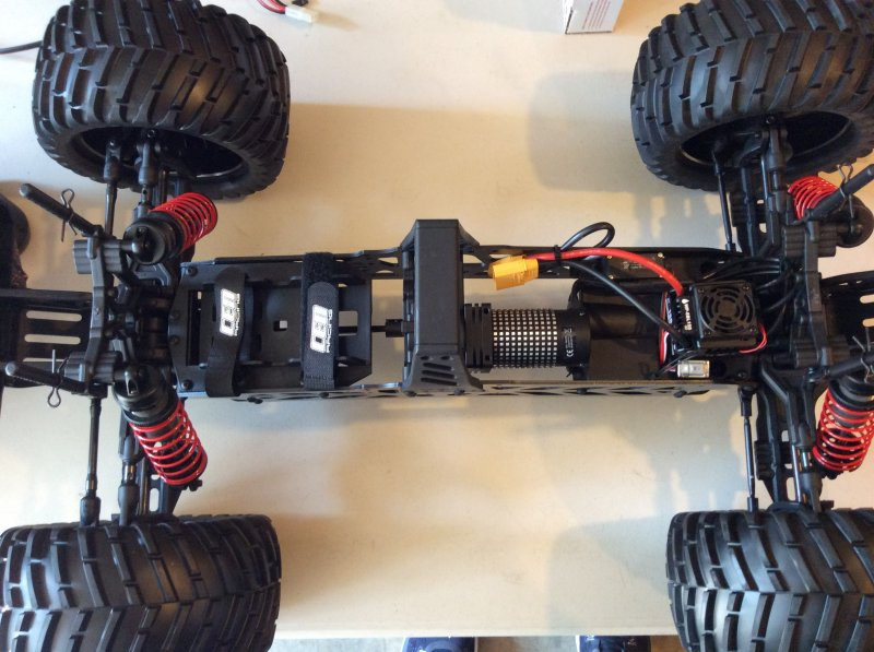 Image 3 of Colossus XT Mega Monster Truck RTR, COMBO package EVERYTHING included