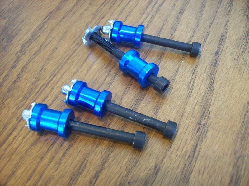 Image 0 of 5/8 inch Standoffs blue Anodized