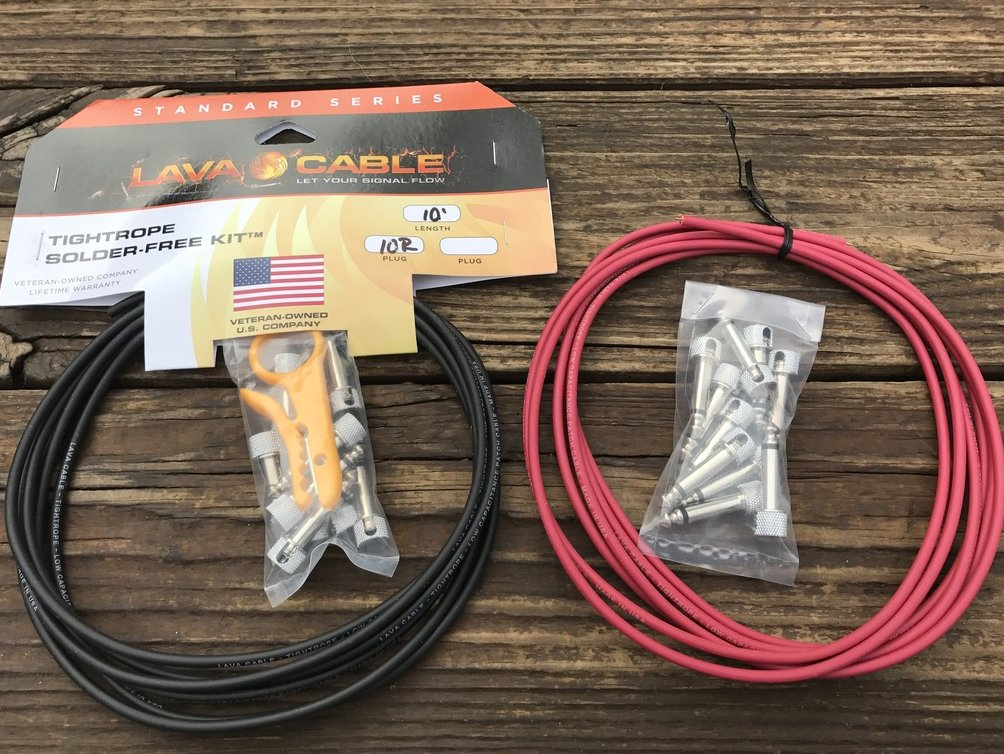 LAVA Solder-Free XL Pedalboard Kit 20ft Cable 20 RA V2 Plugs - BLACK & RED