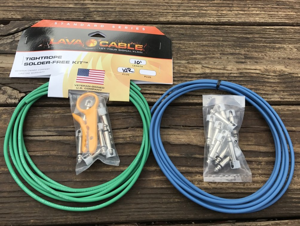 LAVA Solder-Free XL Pedalboard Kit 20ft Cable 20 RA V2 Plugs - BLUE & GREEN