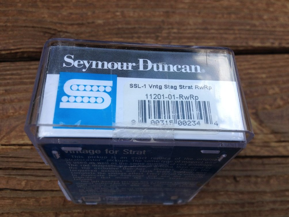 Image 2 of Seymour Duncan SSL-1 RWRP Alnico V Vintage Staggered Strat Middle Pickup
