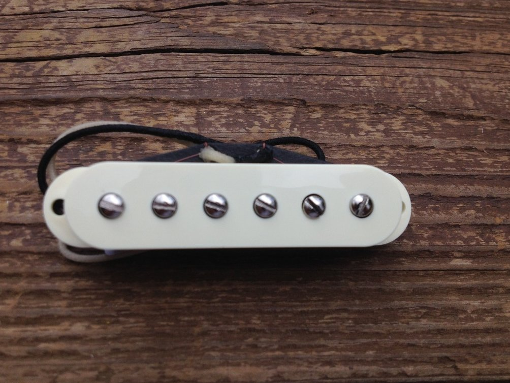 Image 2 of Lindy Fralin STEEL POLE SP43 Strat Neck Pickup Aged White Cover Stratocaster