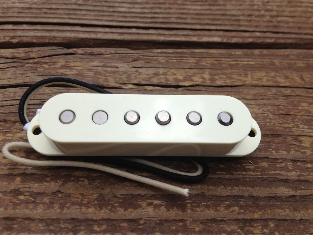 Image 2 of Lindy Fralin REAL 54's Strat Neck Pickup w/ Aged White Cover - Alnico III Magnet