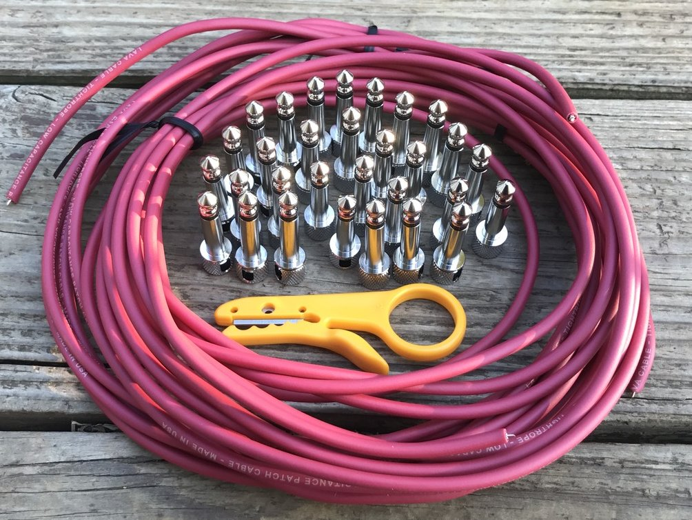 Image 0 of LAVA Cable Solder-Free Pedalboard Kit XXL - 30ft, 30 Right Angle Plugs RED